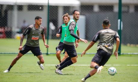 VESPASIANO / MINAS GERAIS / BRASIL 17.11.2020 Treino na Cidade do Galo - Fotos: Bruno Cantini / Agência Galo / Atlético