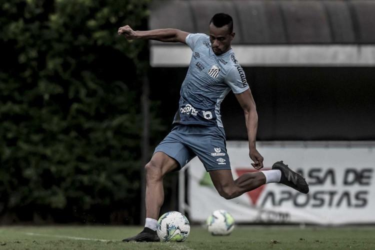 Atacante Copete durante treino do Santos, no CT Rei Pelé (Foto: Ivan Storti/Santos FC)