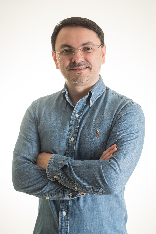 Rossandro Klinjey abordará os novos vínculos da geração atual