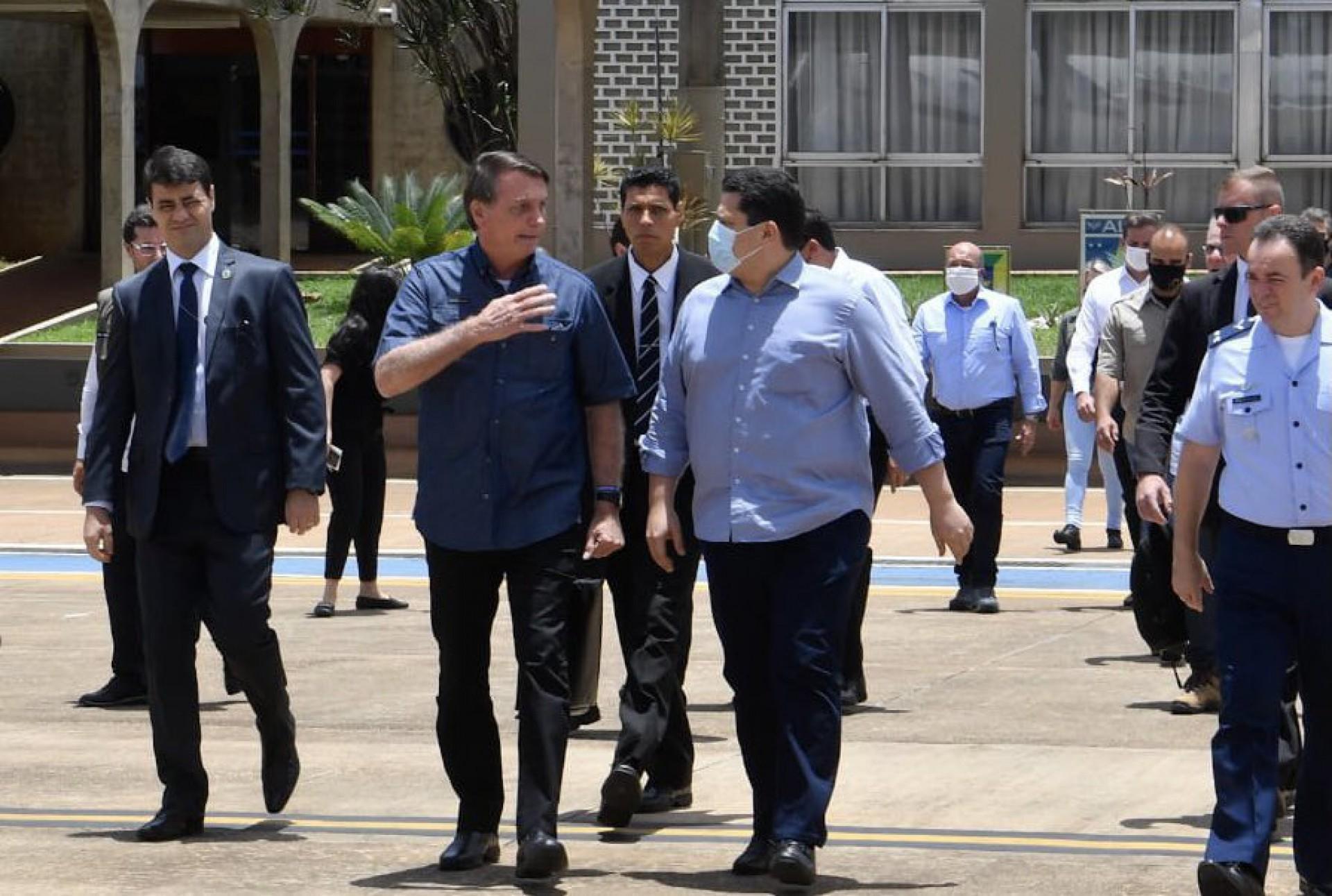 Bolsonaro visitou o Amapá com o presidente do Senado, Davi Alcomumbre