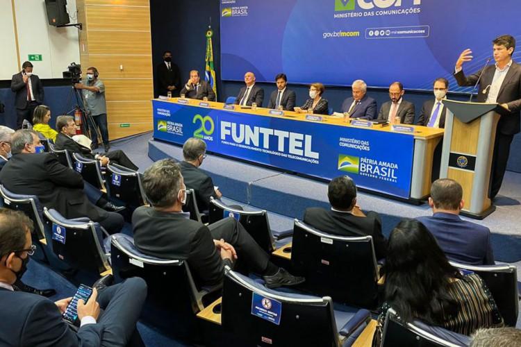 Comemoração de 20 anos do FUNTTEL (Foto: Fabio Rodrigues Pozzebom/Agência Brasil)