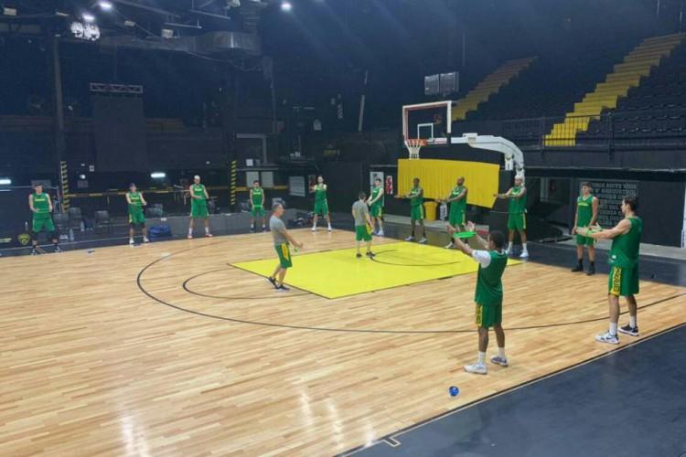 Seleção brasileira masculina de basquete treina para Eliminatórias da Copa América (Foto: Divulgação/CBB)