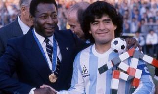 Internautas resgataram publicação de Pelé do dia 30 de outubro, quando os ex-jogadores se cumprimentaram por rede social.