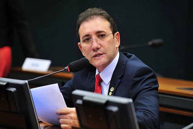 Ex-deputado cearense, Adail Carneiro, está preso desde o último dia 19 de novembro (Foto: GUSTAVO LIMA/CÂMARA DOS DEPUTADOS)