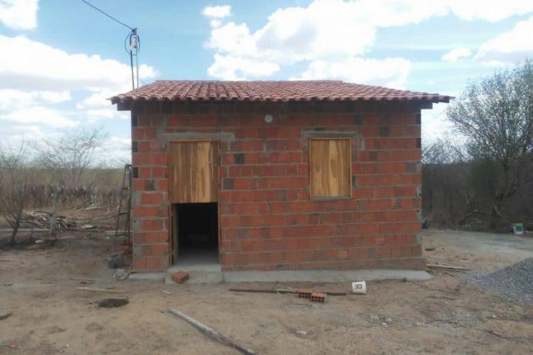 Casa usada pelos suspeitos como apoio para a chacina em Ibaretama (Foto: Divulgação/SSPDS)