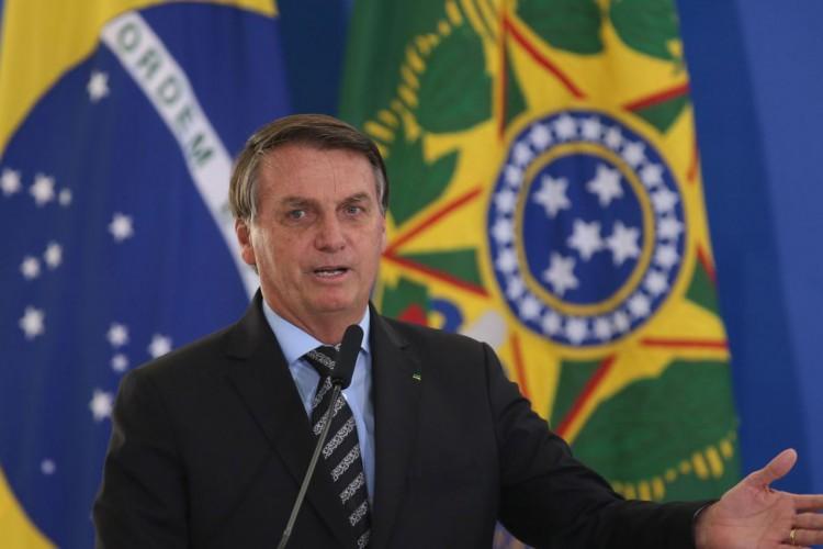 O presidente Jair Bolsonaro, participa do lançamento dos programasCODEX e SUPER.BR e do 8º Revogaço no Palácio do Planalto. (Foto: Fábio Rodrigues Pozzebom/Agência Brasil)