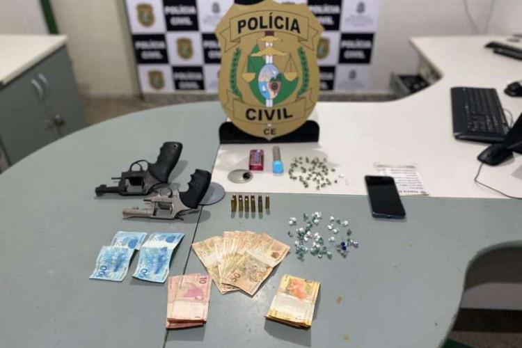 Dupla foi autuada por tráfico e associação para o tráfico (Foto: Divulgação/SSPDS)