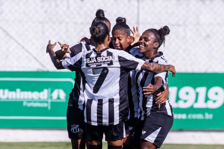 Ceará está invicto no Brasileirão A-2 2020 com cinco vitórias e dois empates até o momento no certame. (Foto: Pedro Chaves/ Ceará SC)