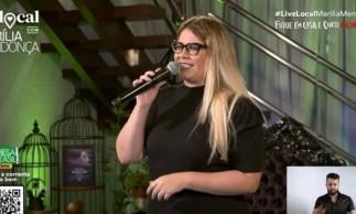 Cantora Marília Mendonça em Live no Youtube