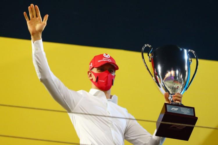 Mick Shumacher ganha título da Fórmula 2, categoria de acesso para a Fórmula 1  (Foto: Twitter/F2/Divulgação)