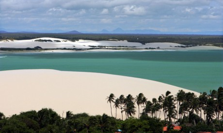 O complexo Alchymist Beach Club está localizado a pouco mais de 500 metros do Parque Nacional de Jeriocoacoara