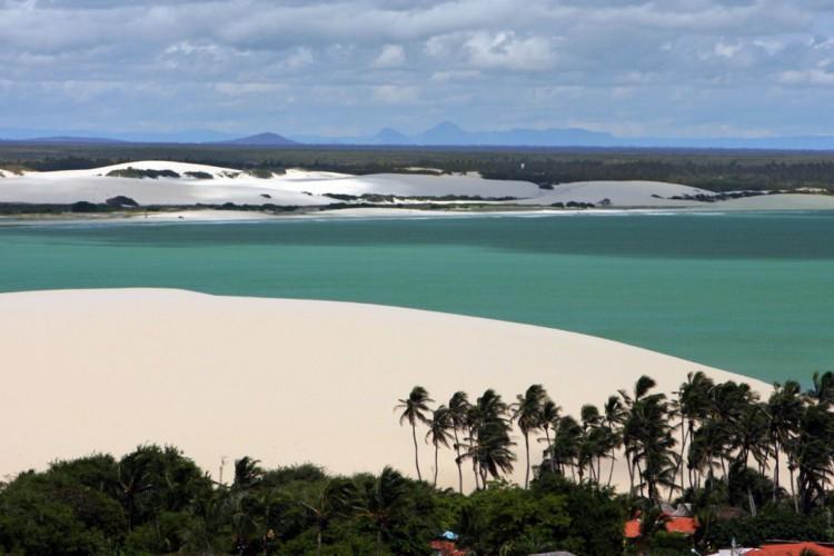O complexo Alchymist Beach Club está localizado a pouco mais de 500 metros do Parque Nacional de Jeriocoacoara (Foto: FCO Fontenele)