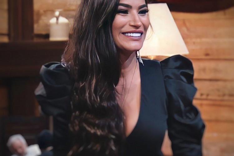 Raissa Barbosa foi uma das últimas eliminadas do reality. A saída da vice Miss Bumbum surpreendeu o público de A Fazenda 2020 (Foto: Reprodução/Instagram)