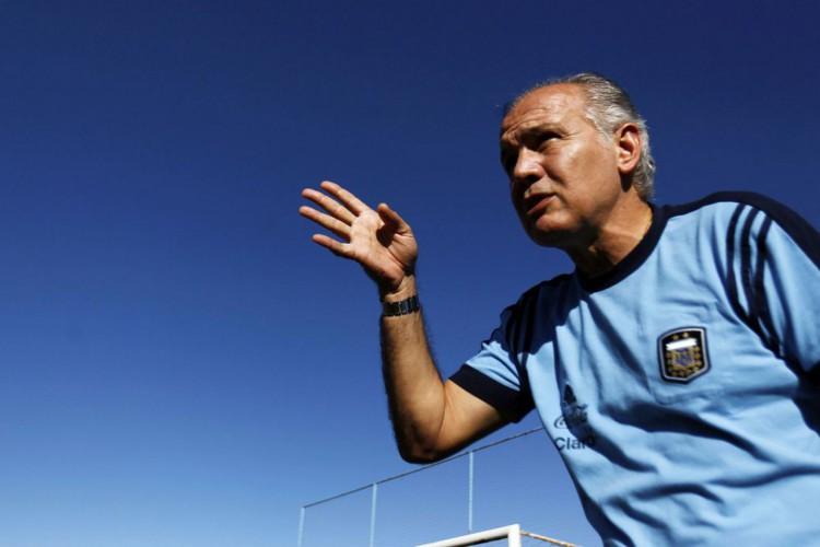 Morre Alejandro Sabella, técnico finalista da Copa do Mundo de 2014 (Foto: )