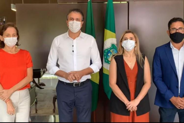 Em live, Camilo também confirmou para o dia 15 de dezembro o pagamento da 2ª parcela do 13° salário dos servidores estaduais do Ceará.  (Foto: Reproução/Facebook)