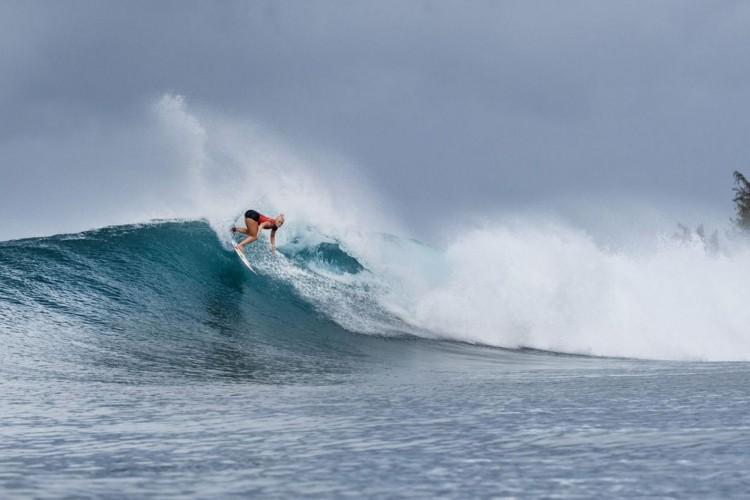 Surfe: ataque de tubarão causa adiamento de etapa do mundial feminino (Foto: )
