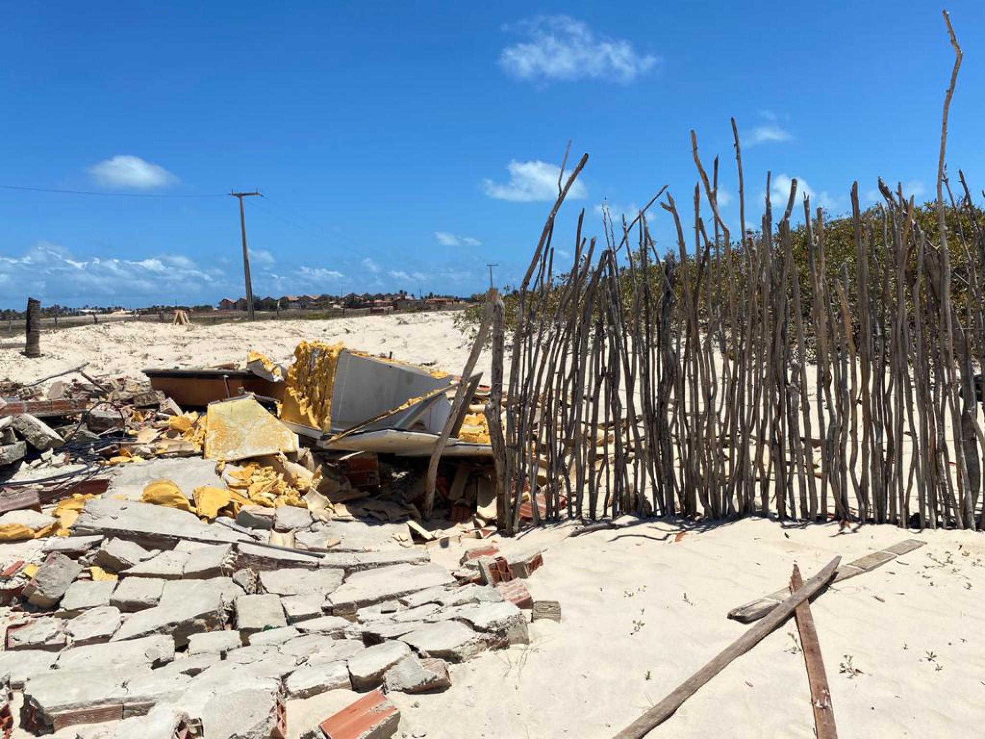 Estragos na comunidade Tabubinha, em Morro Branco, cidade de Beberibe