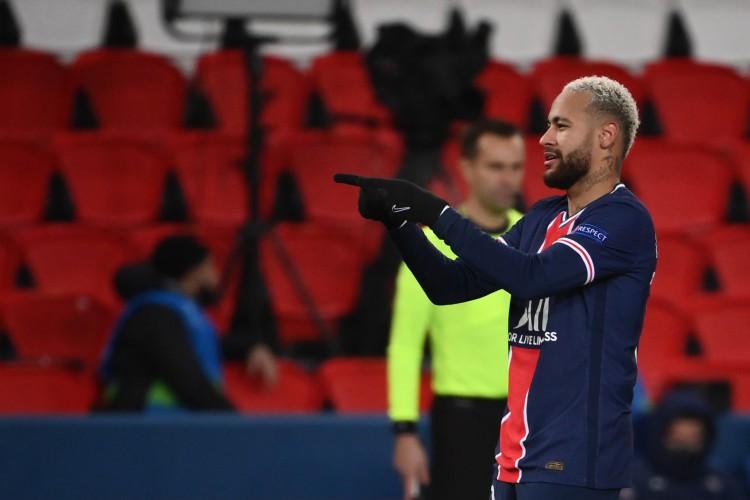 Neymar é o protagonista do PSG na temporada europeia (Foto: FRANCK FIFE / AFP)