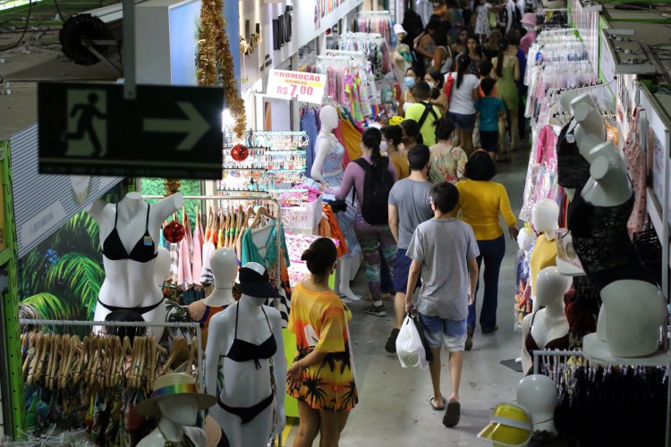 O histórico da pesquisa mostra que a crise no comércio varejista cearense é anterior à pandemia. (Foto: Fabio Lima)