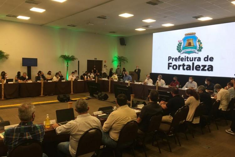 O encontro debateu a avaliação do plano de governo, legados da gestão e acompanhamento de obras. (Foto: Thais Mesquita/ O POVO)