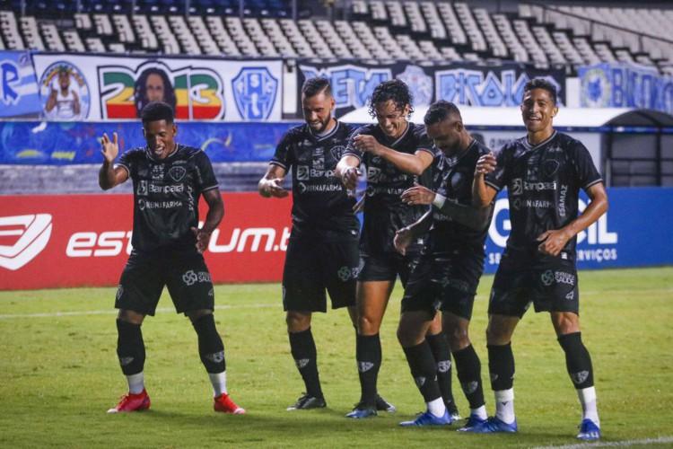 Série C: Paysandu supera Ypiranga-RS por 2 a 1 no Mangueirão (Foto: )