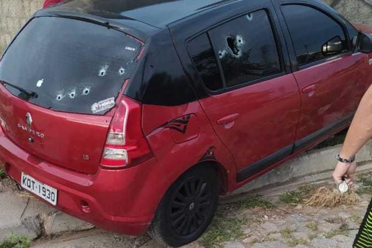 Motorista de aplicativo e passageira foram assassinados em Caucaia (Foto: LEITOR VIA WHATSAPP O POVO)