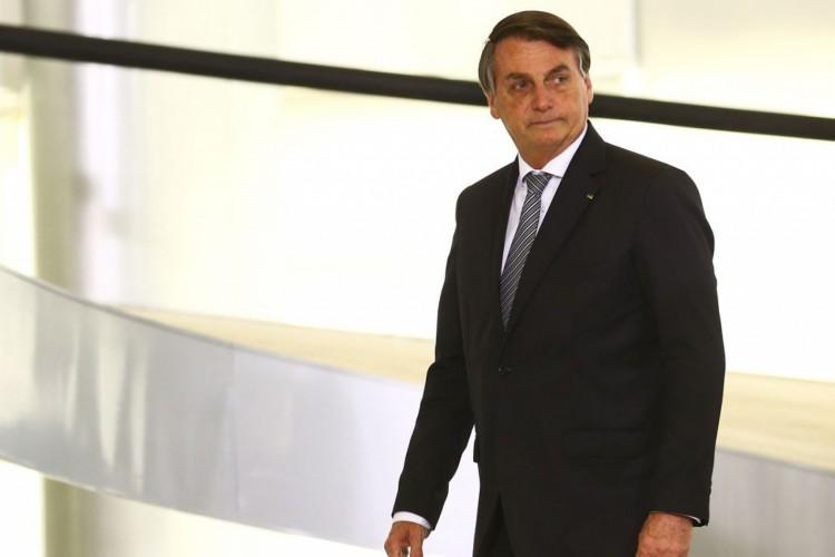 O presidente Jair Bolsonaro participa de cerimônia de lançamento de programa de qualificação do atendimento de agentes comunitários de saúde, o