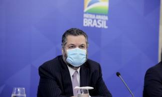 O ministro de Relações Exteriores, Ernesto Araújo, durante coletiva de imprensa.