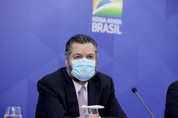O ministro de Relações Exteriores, Ernesto Araújo, durante coletiva de imprensa. (Foto: Romério Cunha/VPR)
