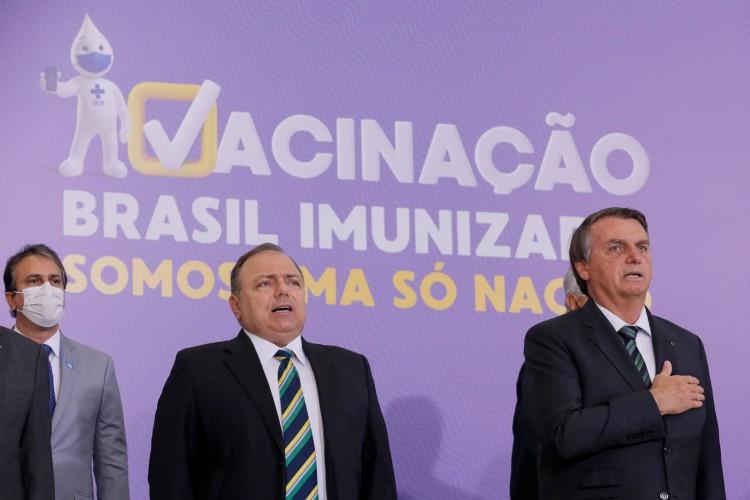 O governador do Ceará, Camilo Santana (PT), participou na manhã desta quarta-feira, 16, da cerimônia de lançamento do plano nacional de vacinação contra a Covid-19.  (Foto: Isac Nobrega/ Governo Federal)