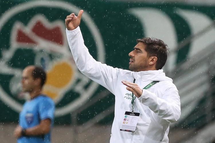 Técnico do Palmeiras, Abel Ferreira elogiou evolução do atacante Rony no Alviverde (Foto: Cesar Greco/Palmeiras)