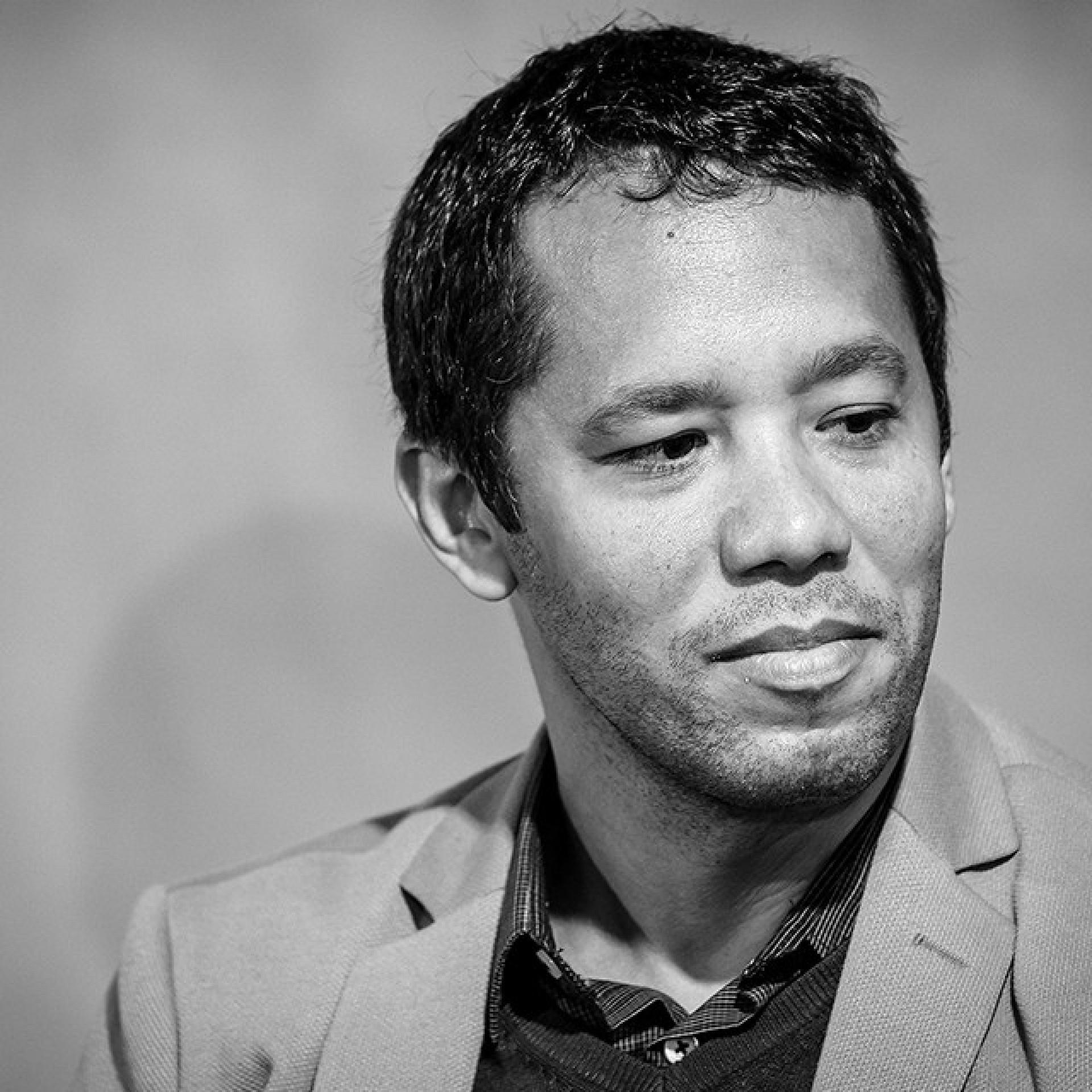 A terceira obra do autor brasileiro aborda questões como escravidão, o direito à terra, machismo e racismo.