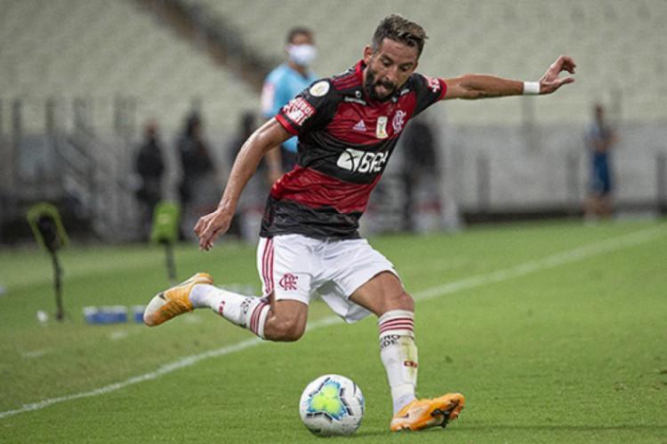 Isla é lateral-direito do Flamengo (Foto: Alexander Vidal/ Flamengo)