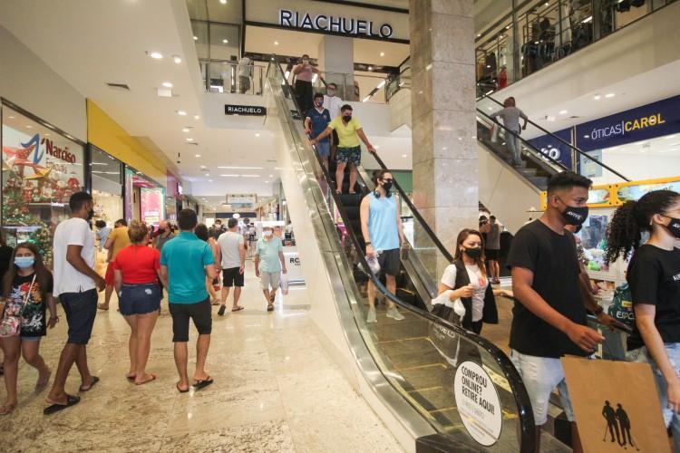 O saldão na rede de shoppings ocorre até o dia 17 de janeiro (Foto: Deisa Garcêz/Especial para O Po)