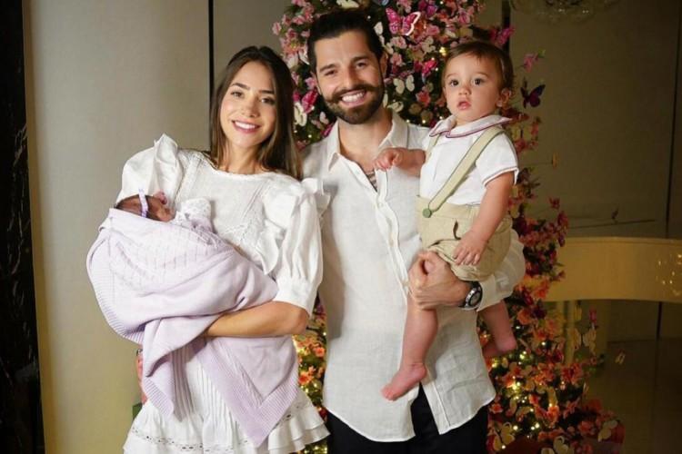 Alok e a família no Natal (Foto: Reprodução/Rede Sociais)