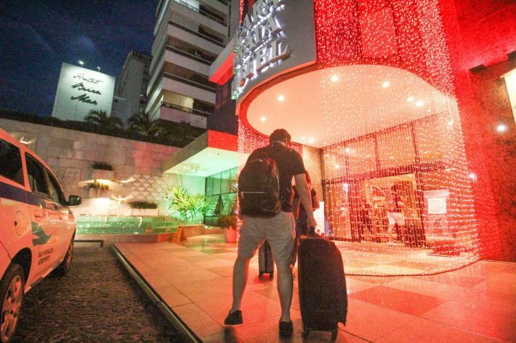 Especialistas acreditam em melhora sólida de cenário econômico em serviços e no turismo apenas no segundo semestre