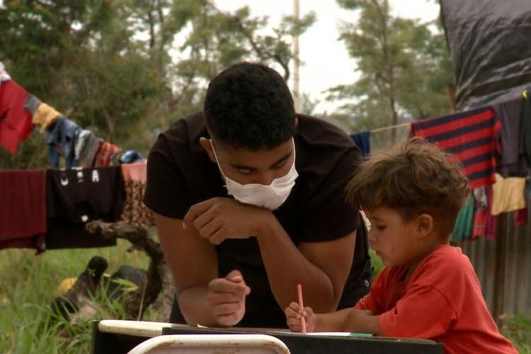 Escola do Cerrado possibilitou que crianças continuassem a estudar (Foto: TV Brasil)