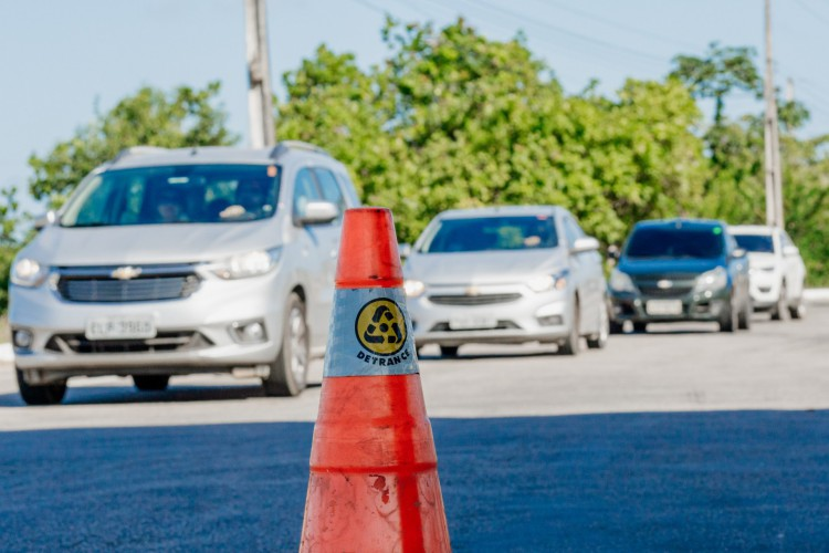 Proprietários de veículos do Ceará já podem pagar IPVA (Foto: JÚLIO CAESAR)