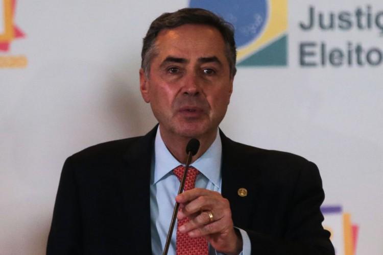 """Presidente do Tribunal Superior Eleitoral, ministro Luís Roberto Barroso diz que voto impresso no Brasil seria """"como voltar ao orelhão"""" (Foto: Marcello Casal JrAgência Brasil)"""