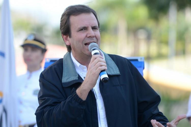 Rio de Janeiro - O prefeito do Rio de Janeiro, Eduardo Paes, fala durante entrega da Vila dos Atletas ao Comitê Organizador dos Jogos Olímpicos (Tomaz Silva/Agência Brasil) (Foto: Tomaz Silva/Agência Brasil)