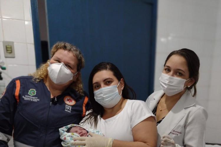 O parto foi realizado dentro da ambulância  (Foto: divulgação/Secretaria da Saúde do Ceará )