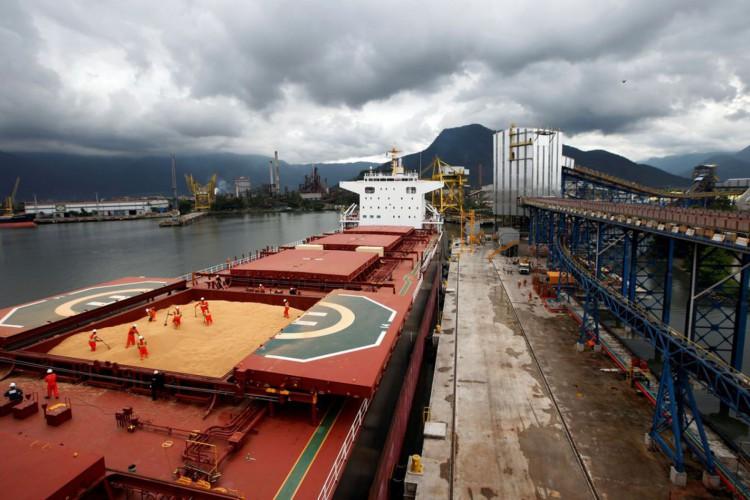 Brasil exportou US$ 50,23 bi a mais do que importou em 2020 (Foto: )