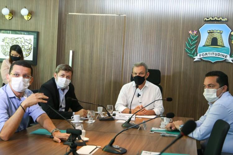 Prefeito de Fortaleza, José Sarto (PDT), deu posse ao novo secretariado municipal.  (Foto: WhatsApp/Reprodução)