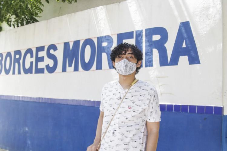 Escolas que estão com atividades presenciais para alunos que vão fazer Enem. EEFM General Murilo Borges Moreira. Bruno Silva, 18 anos, indo para o 3º ano