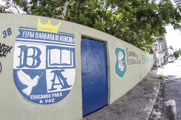 Professores convocados darão aula em escolas da rede estadual (Foto: Thais Mesquita)