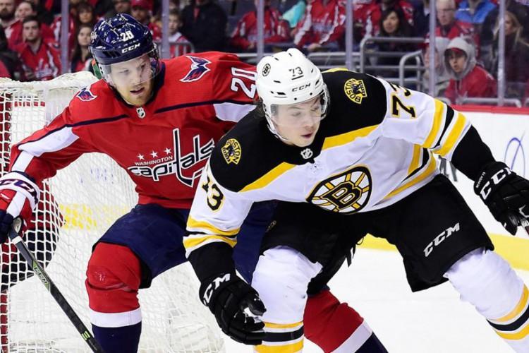 Brigas em jogos oficiais da NHL têm diminuído nos últimos anos  (Foto: Divulgação/NHL)