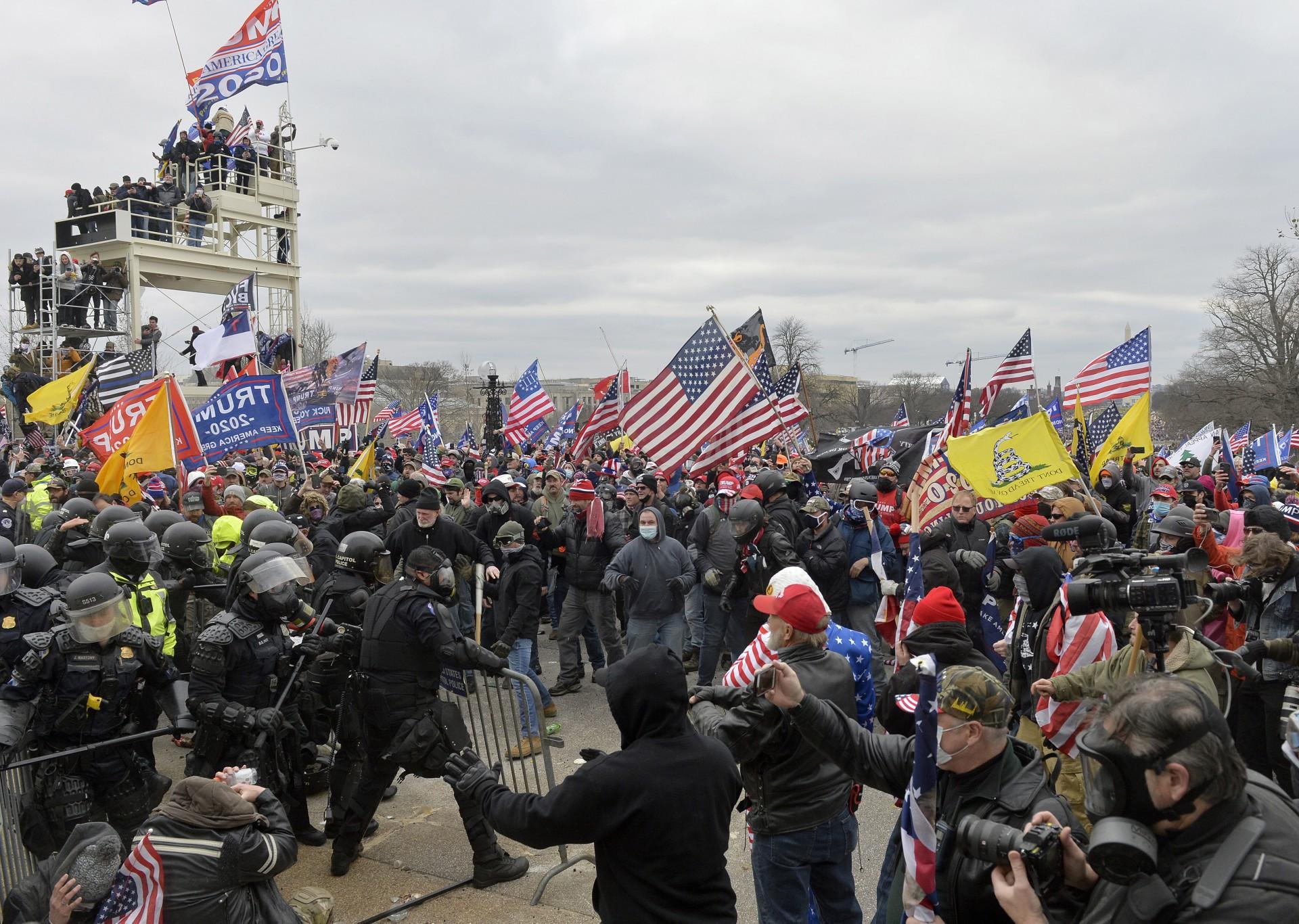 (Foto: Joseph Prezioso / AFP)Donald Trump pediu aos seus seguidores que se manifestassem contra a certificação da vitória de Joe Biden nas eleições de 3 de novembro último