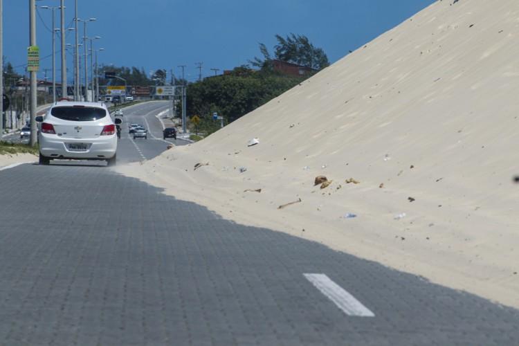 Entidades ambientais solicitam para preservar as dunas  (Foto: Thaís Mesquita/O POVO)