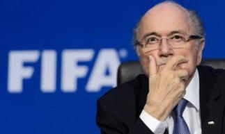 Joseph Blatter, de 84 anos, recebe cuidados médicos em hospital na Suíça