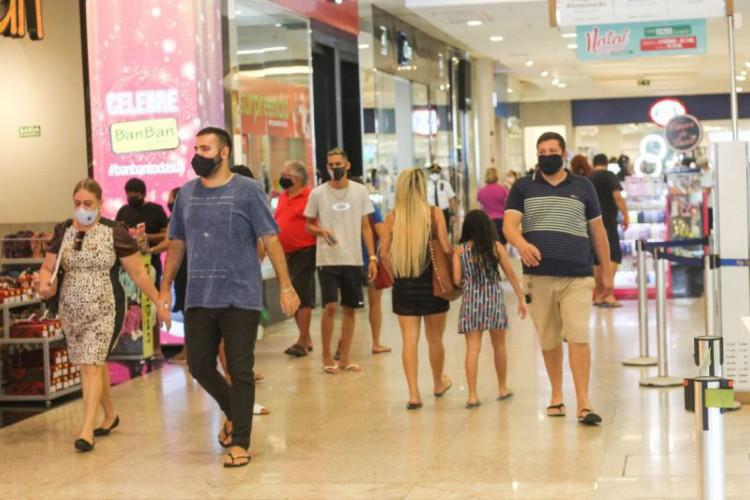 Shoppings podem funcionar das 9h às 23h.; veja o que pode e não pode durante decreto no Ceará válido até 31 de janeiro (Foto: Deisa Garcêz/ Especial para O POVO)